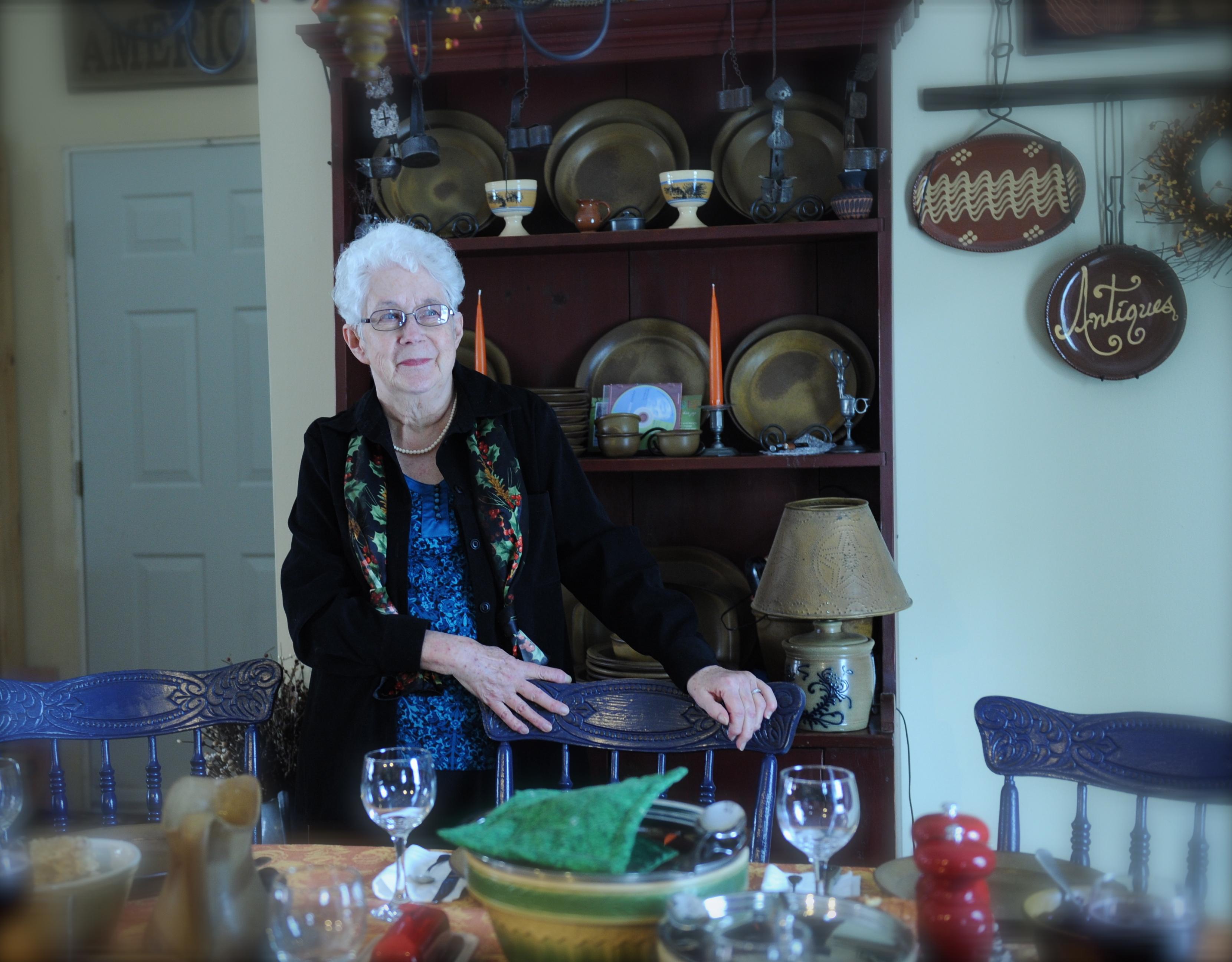 Lois E Hoch - My Mother & Friend 9/30/33-6/29/12