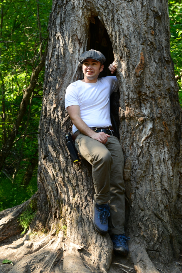 Alex in a Hollow Tree...